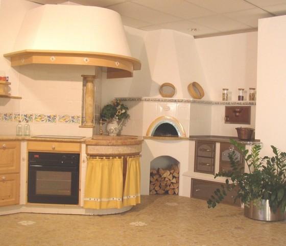 Cucine in maiolica e ceramica di pregio for Cucine di pregio